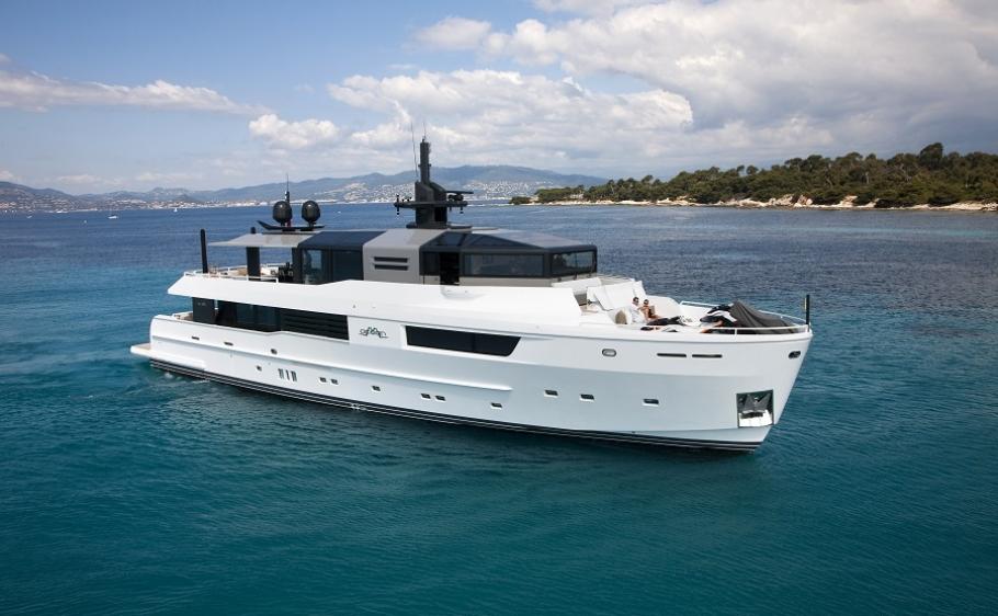 JURATA-Yacht-Charter