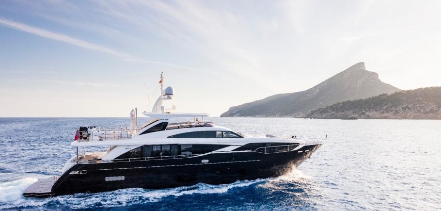 Princess-30M-Kohuba-charter