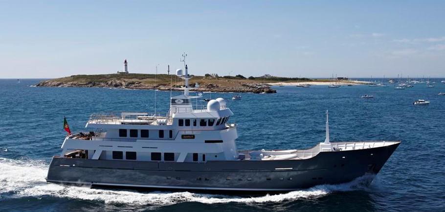 Axantha Ii Yacht Charter