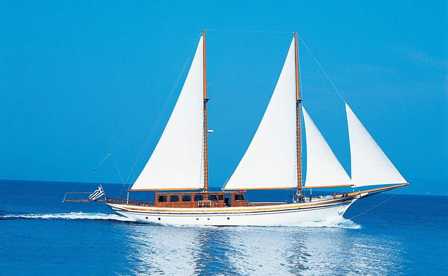 Hermina Yacht Charter