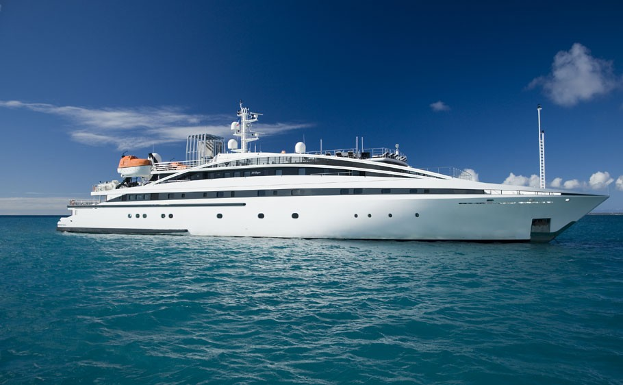 Rm Elegant Yacht Charter