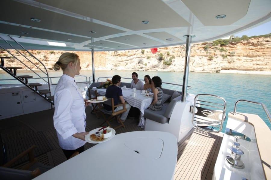 hire princess yacht